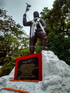 Tenzing Norgay Statue in Himalayan Mountaineering Institute